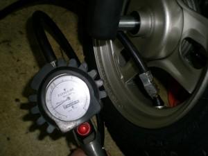 空気圧チェック