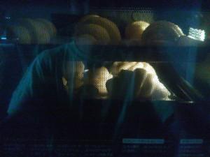 200度に予熱したオーブンで焼くこと15分