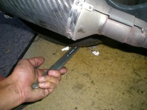 タイヤレバーで高さを調整する