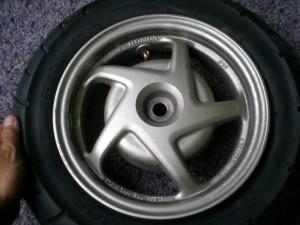 タイヤの交換完了