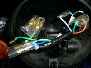 配線を接続する