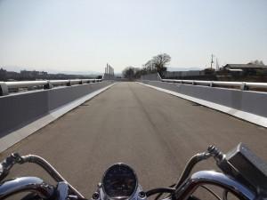 いつもの橋の上