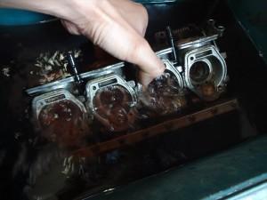 洗浄油で洗う
