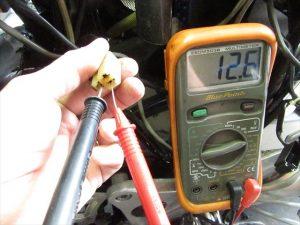交流電圧:アイドリング