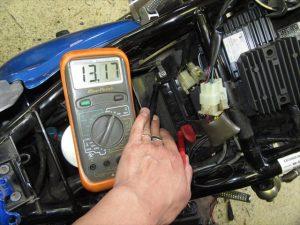 レギュレター交換後の充電電圧