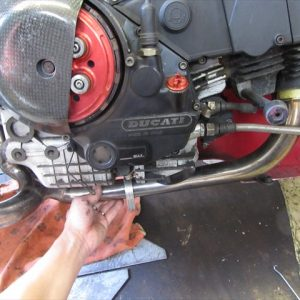 【最終回】ドゥカティ900SSのノーマルマフラーを社外品に交換してみよう!