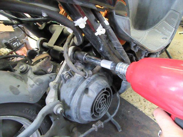 【最終回】Dio(AF34/35)のエンジンハンガーブッシュを交換してみよう!