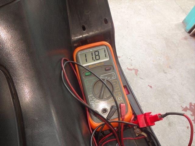 バッテリー端子間での再確認