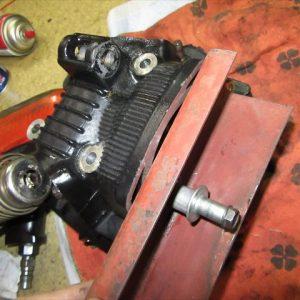 【第7回】TW225のシリンダーヘッドからの異音を修理してみよう!
