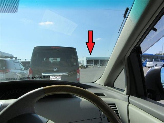 渋滞している検査レーン