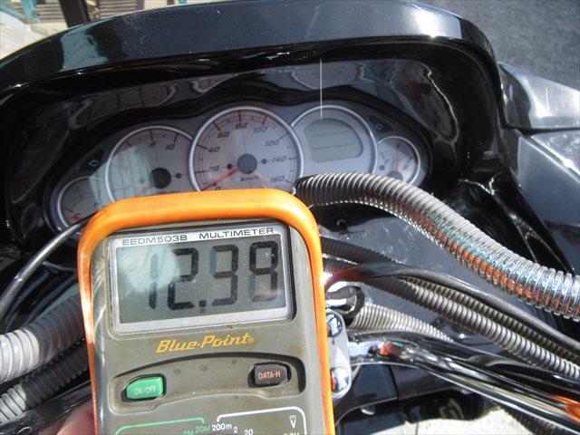 無負荷状態のバッテリー電圧